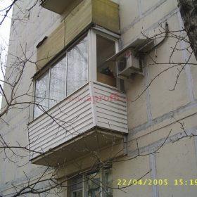 Финское остекление балкона с отделкой парапета сайдингом