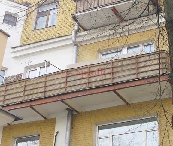 История одного балкона