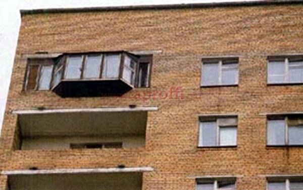 Как застеклить балкон в соответствии с законом